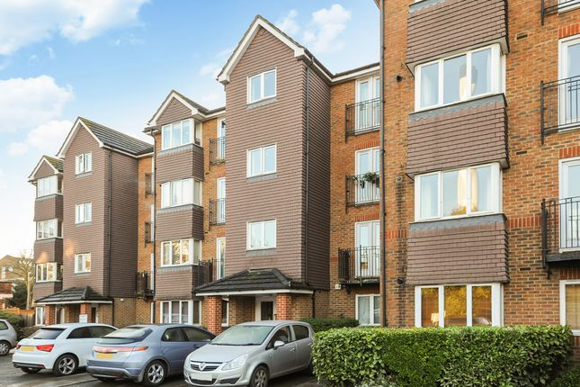 Thumbnail Flat to rent in Jemmett Close, Kingston Upon Thames