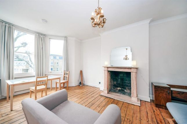 2 bed flat to rent in Fordwych Road, London