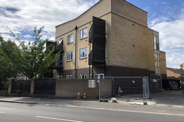 Thumbnail Flat for sale in Hamilton Court, 147 Hanworth Road, Hounslow, Greater London