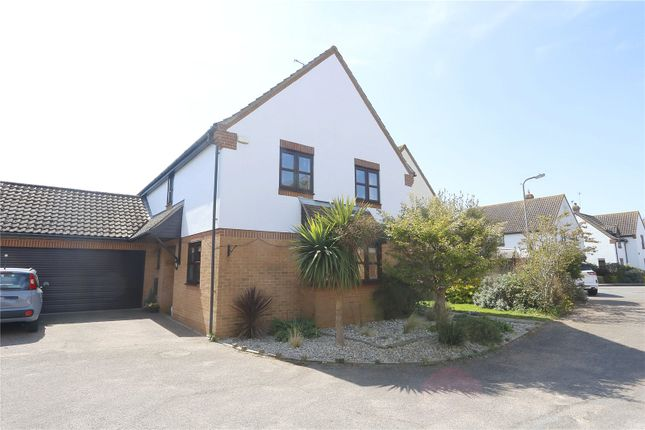 Thumbnail Detached house for sale in Summerwood Close, Hadleigh, Benfleet
