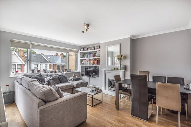 Thumbnail Flat for sale in Rosebery Gardens, Crouch End, London
