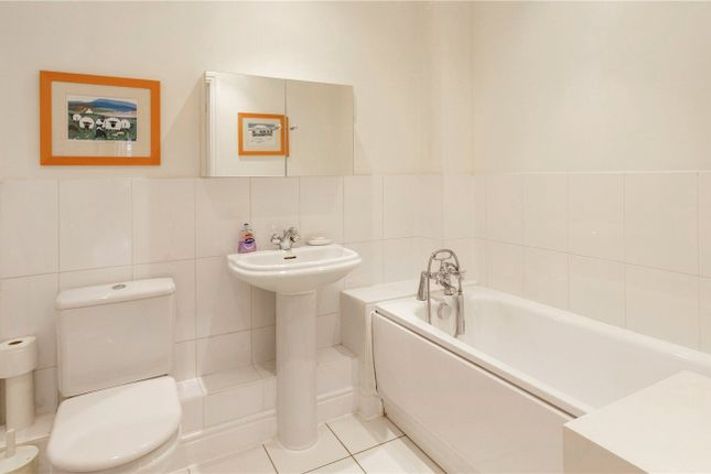 Picture No. 15 of Huxtable House, Springvale Close, Great Bookham, Surrey KT23