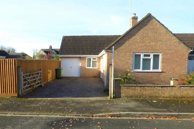 Thumbnail Bungalow for sale in Lakeside, Fairford, Gloucestershire