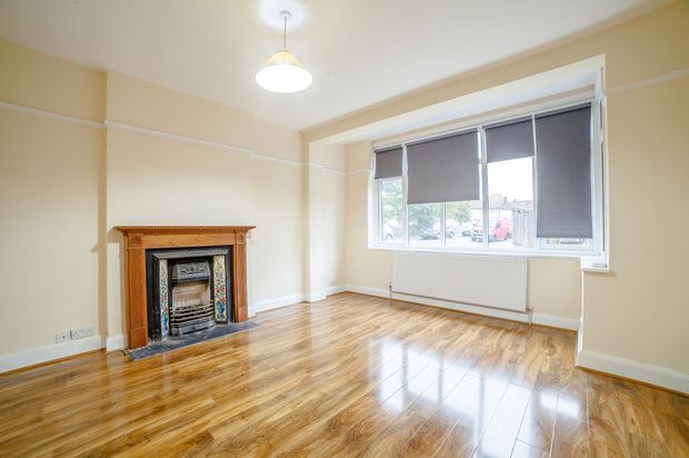 Thumbnail Detached house to rent in Sandfield Gardens, Thornton Heath