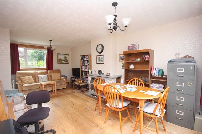Lounge / Diner of 8 Beechwood Road, Raigmore, Inverness IV2