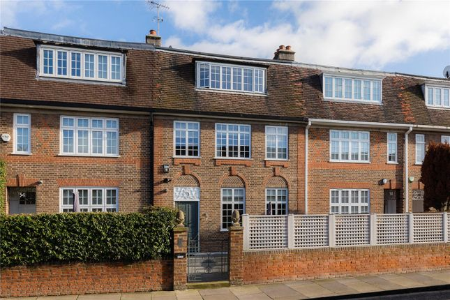 Thumbnail Terraced house for sale in Astell Street, Chelsea, London