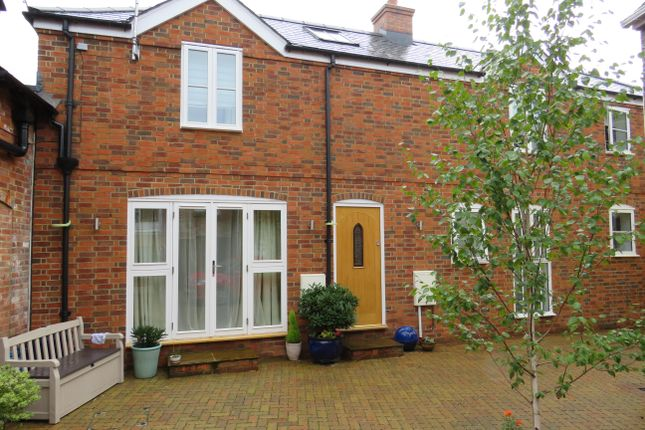 Thumbnail Mews house to rent in Lions Gate, High Street, Fordingbridge