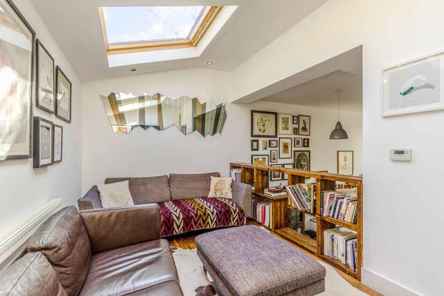 Thumbnail Property to rent in Church Walk, Stoke Newington, London