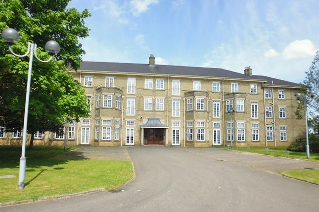Thumbnail Flat for sale in Chichester Road, Bracebridge Heath, Lincoln
