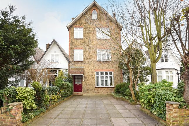 Thumbnail Terraced house for sale in Acacia Grove, New Malden