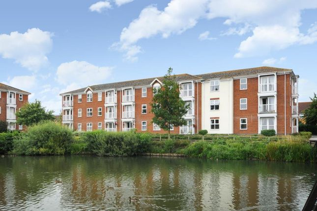 Thumbnail Flat to rent in Guillemot Way, Watermead