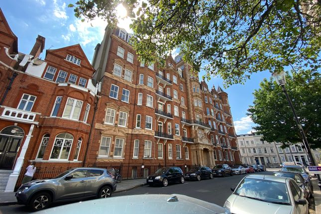 5 bed flat to rent in Langham Mansions, Earls Court SW5