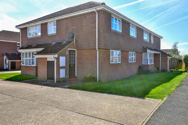 Thumbnail Flat for sale in The Paddock, Maresfield, Uckfield, East Sussex