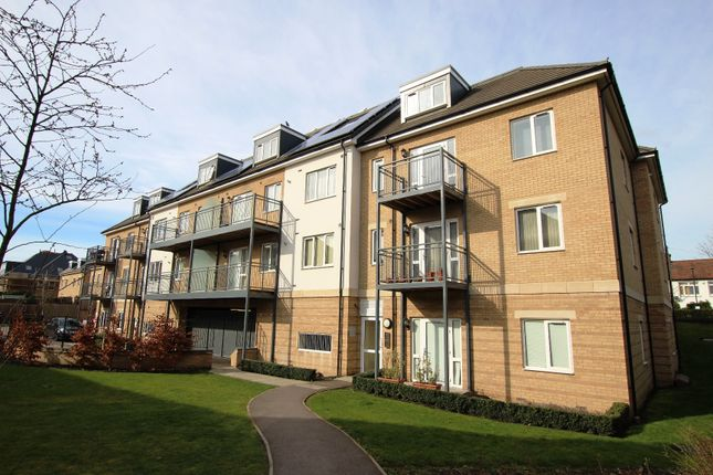 Thumbnail Flat for sale in Drapers Road, Enfield