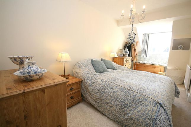 Bedroom 3 of Eaton Park, Eaton Bray, Beds LU6