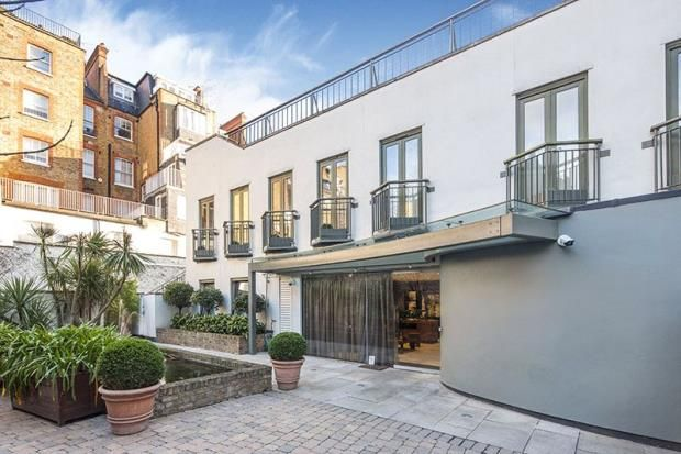 Thumbnail Property for sale in Brompton Place, Knightsbridge, London