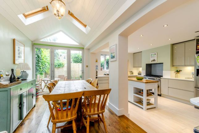Thumbnail Terraced house to rent in Geraldine Road, Wandsworth