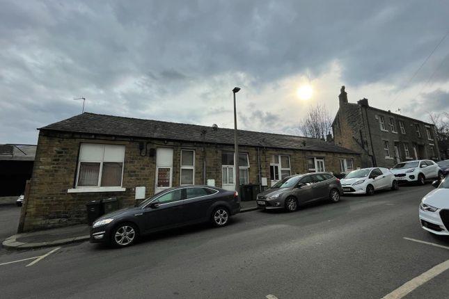 Thumbnail Mews house for sale in Savile Street, Milnsbridge, Huddersfield