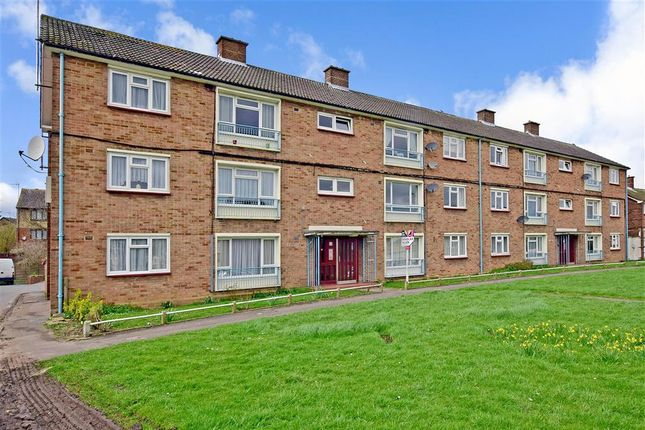 Thumbnail Flat for sale in Brading Crescent, London