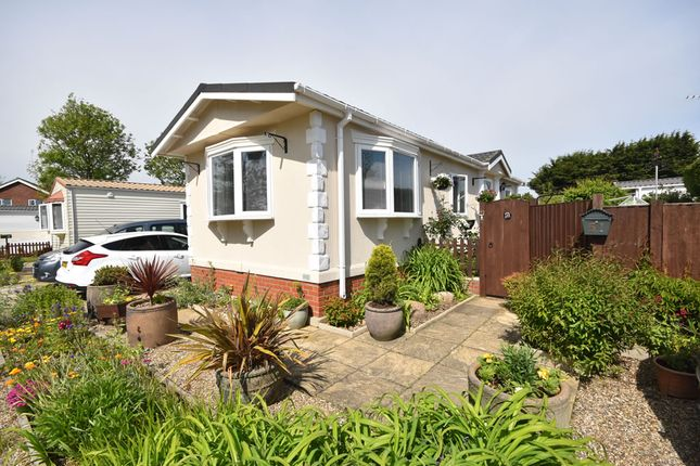 Thumbnail Mobile/park home for sale in Bridge Road, Potter Heigham