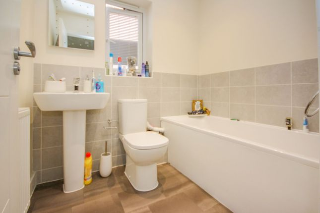 Family Bathroom of Lilianna Road, Colchester CO4