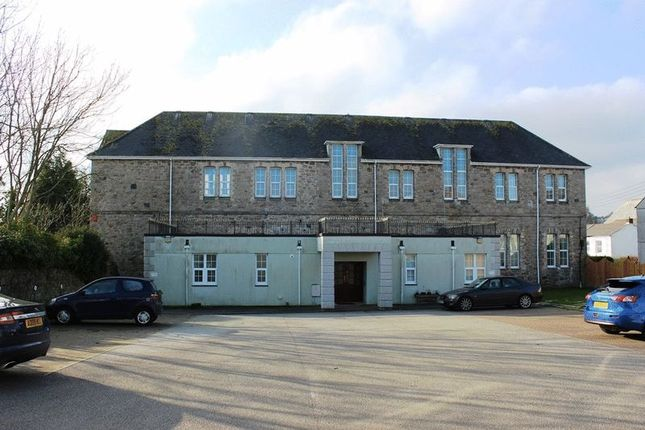 Thumbnail Flat for sale in Drinnan Court, St. Austell