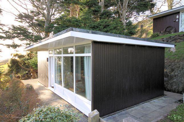 2 bed mobile/park home for sale in Woodlands, Bryncrug Gwynedd
