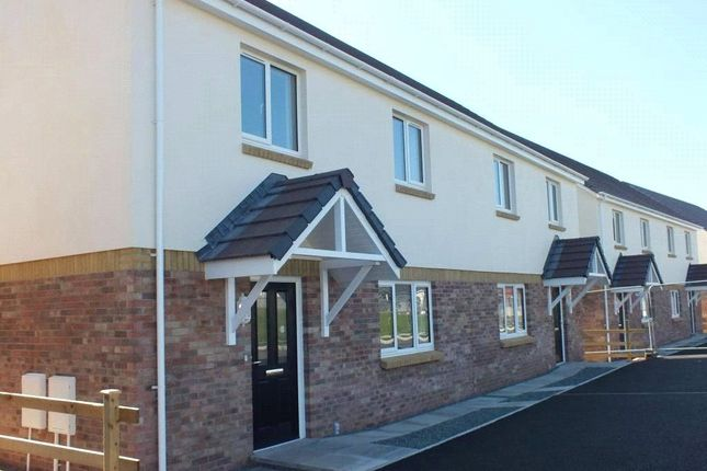 Picture No. 18 of Plot 17 House No 28, Beaconing Drive, Steynton, Milford Haven SA73