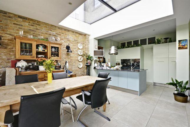 Kitchen Diner of Kent Gardens, Ealing, London W13