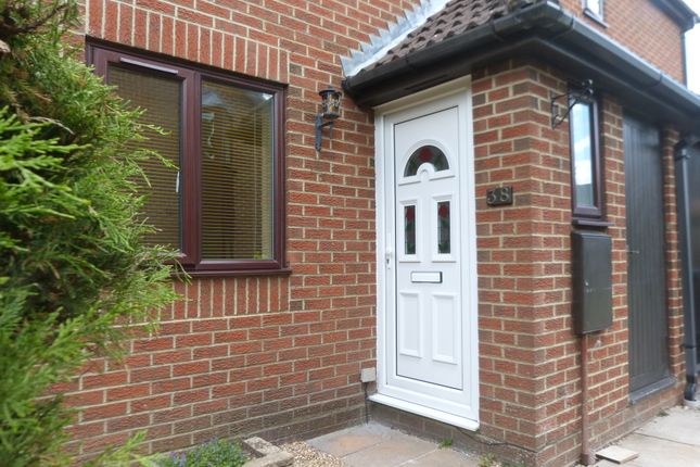 Thumbnail Semi-detached house to rent in Fox Road, Haslemere