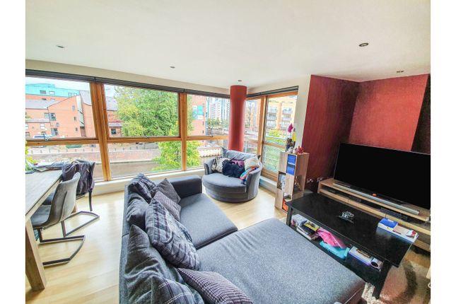 Thumbnail Flat for sale in 4 Bowman Lane, Leeds