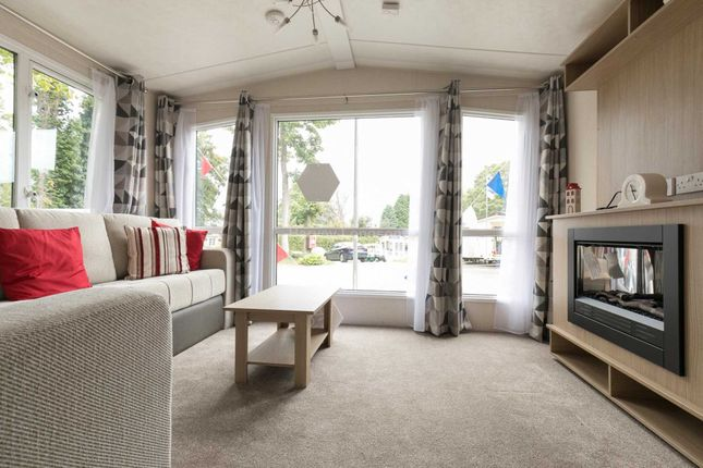 Thumbnail Mobile/park home for sale in Ore, Hastings, East Sussex