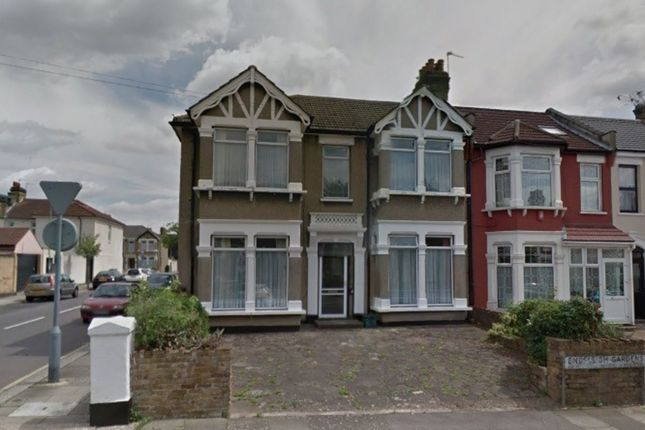 Thumbnail Property to rent in Endsleigh Gardens, Cranbrook, Ilford