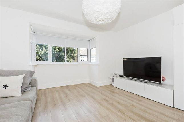 Thumbnail Flat for sale in Holme Lacey Road, London
