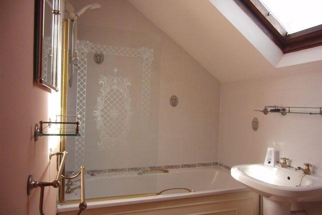 Bathroom of Commercial Street, Rothwell, Leeds LS26