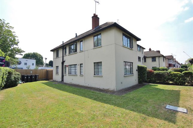 Thumbnail Flat to rent in Amhurst Gardens, Isleworth