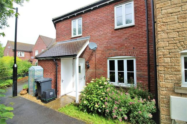 Thumbnail Flat to rent in Lower Meadow, Ilminster