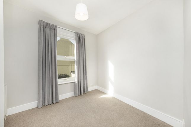 Bedroom 2 of Haydons Road, Wimbledon SW19