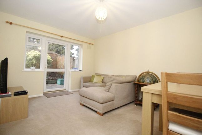 Thumbnail Flat to rent in The Drive, Orpington