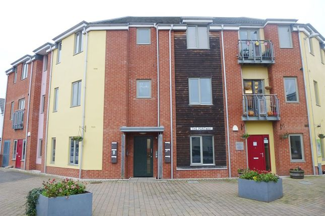 Thumbnail Flat for sale in The Portway, King's Lynn