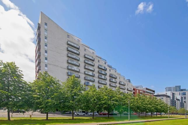 Thumbnail Flat for sale in Glasgow Harbour Terraces, Glasgow Harbour, Glasgow, Scotland