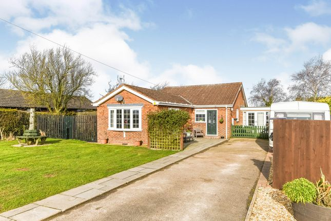 3 bed bungalow for sale in Gedney Drove End, Spalding, Lincolnshire PE12