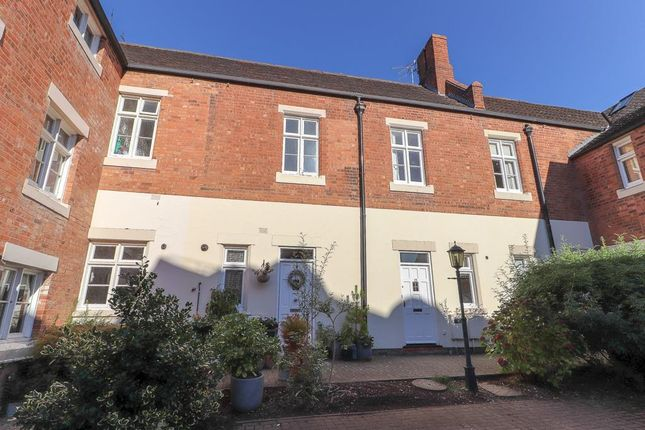 Thumbnail Terraced house to rent in Squirhill Place, Russell Terrace, Leamington Spa