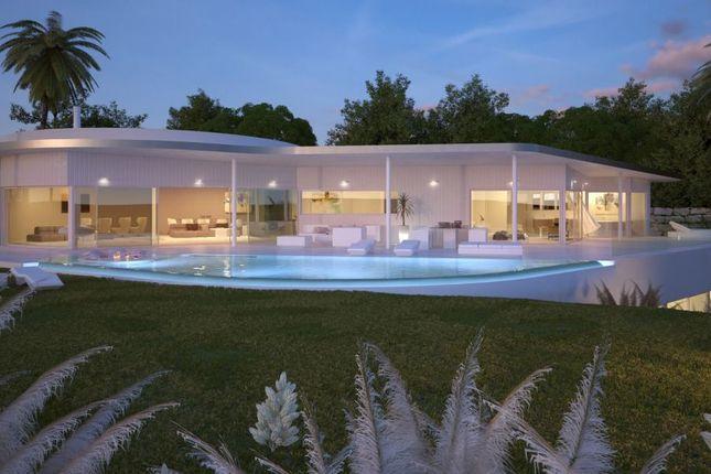 Thumbnail Villa for sale in Higuerón, Benalmadena, Spain