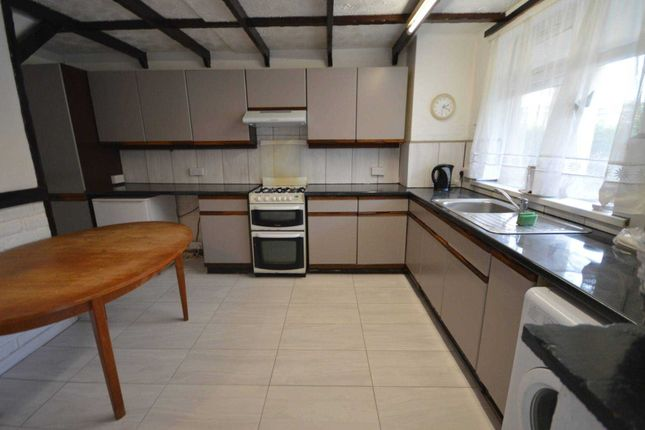 Thumbnail Semi-detached house to rent in Sheffield Square, London