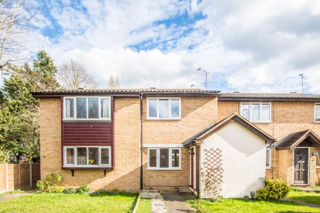 2 bed terraced house to rent in Turpins Close, Hertford SG14