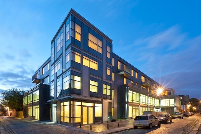 Thumbnail Office to let in Rochester Mews, London