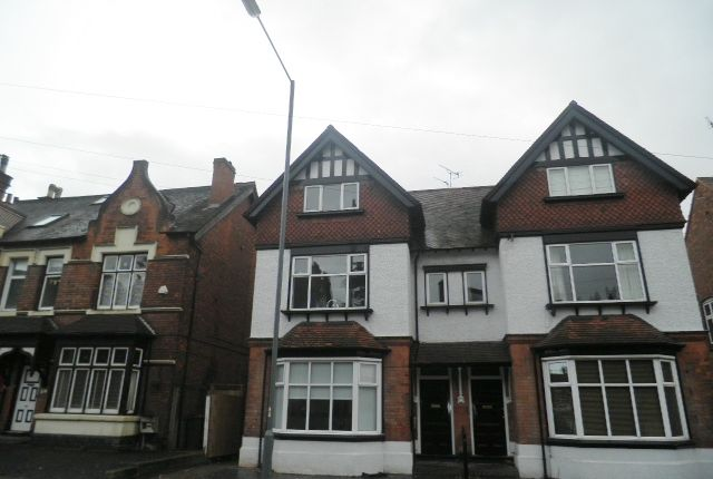 2 bed flat to rent in Victoria Road, Sutton Coldfield B72