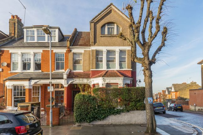 Thumbnail Terraced house for sale in Ridge Road, London