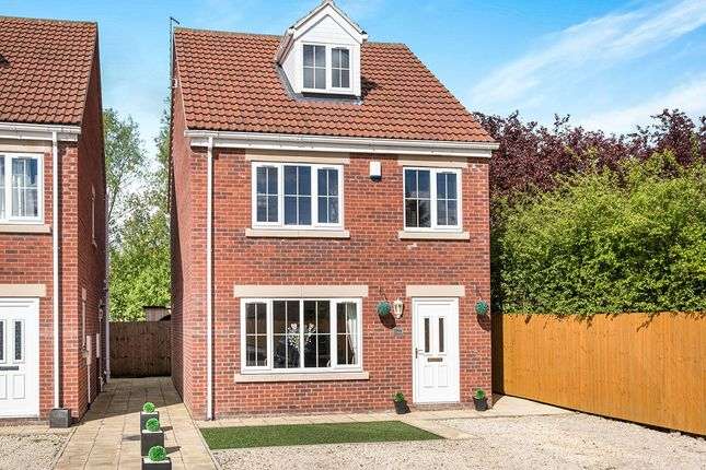 Thumbnail Detached house for sale in Breck Lane, Dinnington, Sheffield